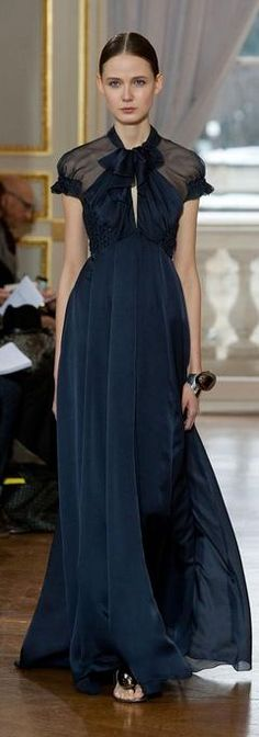 Love this color, great dress for black tie | Christophe Josse - Haute Couture Spring 2013