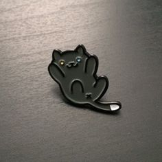 "Neko Atsume 1"" soft enamel Pepper pin. Comes on a yard themed backing card"