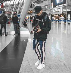 WEBSTA @ outfit_boy - #Outfitboy @sergiujurcaFavelaclo Cap Metallica Hoodie Favelaclo Pants AdidasY3 Pureboost Shoes