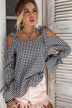 - - Women Plaid Blouse Spring Cold Shoulder Long Sleeve Tie Checked Tops Casual Loose Streetwear Tops Shirt Source by Cheap Blouses, Shirt Blouses, Blouses For Women, Bow Shirts, Denim Shirts, Blouse Styles, Blouse Designs, Mode Monochrome, Shirt Sleeves