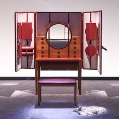 Hermes Presents 'Here Elsewhere' Installation – Trendland Online Magazine Curating the Web since 2006 Desk Cabinet, Cabinet Furniture, Home Furniture, Furniture Design, Folding Furniture, Hermes Home, Dressing Table Design, Vanity Room, European Furniture