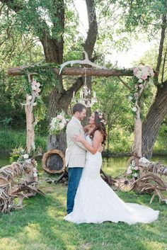 hunting antler chic wedding ideas