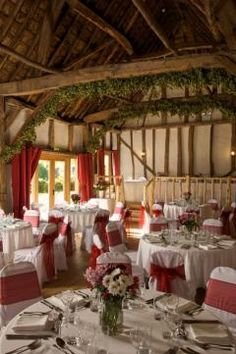 The Crown Inn At Pishill A Family Pub In Oxfordshire Century Coaching With Thatched Barn Near Henley On Thames Perfect Wedding