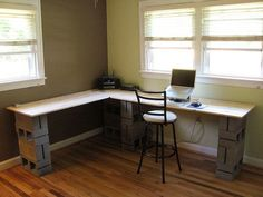 Office desk, using cinder blocks - need to incorporate the file cabinet and maybe paint the block. White Desk Office, Diy Office Desk, Diy Desk, Cinder Block Furniture, Cinder Blocks, Diy Furniture To Sell, Diy Storage Cabinets, Home Upgrades, Home Projects