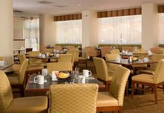 Courtyard Miami Coral Gables Hotel-Dining Room http://www.marriott.com/hotels/travel/miagb-courtyard-miami-coral-gables/