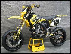Yamaha Super Moto...