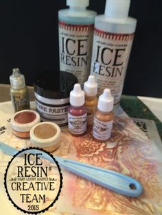 Creating a textural inspired necklace with Texture Paste, Color and ICE Resin® : Ice Queen E-Zine