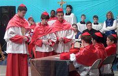 Mock conclave teaches Catholic students about faith :: Catholic News Agency (CNA)