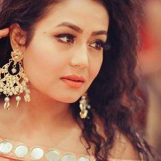 92 Best Neha Kakkar Images Neha Kakkar Bollywood Actors Singer