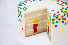 Learn how to make a Surprise-Inside Cake | Bakers Royale