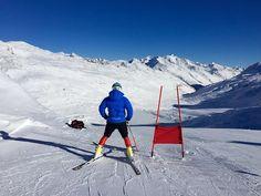 Primo allenamento dei gigantisti in Val Senales