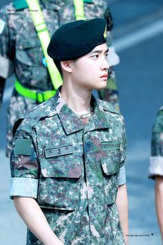 EXO D.O in his military duties 190817