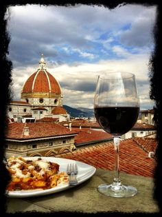 """Florence cathedral. Florence (Firenze) is the capital of Tuscany with about 370k inhabitants. Birthplace of Renaissance and UNESCO """"World Heritage Sight""""."""