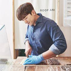 Lee Min Woo, Denim Button Up, Button Up Shirts, Shin, Boy Bands, Boy Groups, Fangirl, Shirt Dress, Boys