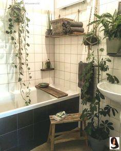 Home decored apartment boho bohemian bathroom 18 Ideas Bohemian Bathroom, Tropical Bathroom, Bathroom Plants, Small Bathroom, Bathrooms With Plants, Zen Bathroom Decor, Bathroom Pink, Ikea Bathroom, Bad Inspiration