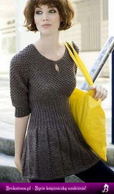 Sukienka na drutach