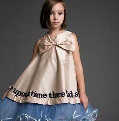 es + es  Once Upon A Time Dress