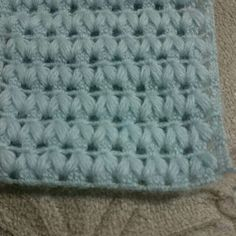 Crochet Stitches, Knit Crochet, Knitting Patterns, Crochet Patterns, Merino Wool Blanket, Baby Knitting, Blankets, Crochet Dresses, Bed Covers