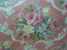 Gorgeous vintage floral fabric!