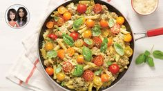 Creamy one-pot pasta with pesto and cherry tomatoes from Alexandra Diaz and Geneviève O'Gleman Pesto Pasta, Pasta Salad, Chicken With Italian Seasoning, Confort Food, One Pot Meals, Cherry Tomatoes, Pasta Dishes, Vegetable Recipes, Food And Drink