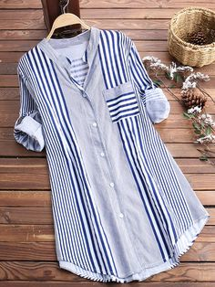 Stripe Print Irregular Hem Long Sleeve Loose Casual Blouses look not only special, but also they always show ladies' glamour perfectly and bring surprise. Come to NewChic to choose the best one for yourself! Kurti Designs Party Wear, Kurta Designs, Blouse Designs, Cheap Blouses, Blouses For Women, Hijab Fashion, Fashion Dresses, Mode Kimono, Stylish Dresses