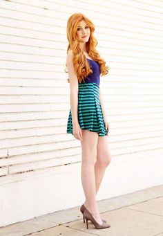 Sexy hot photos of Katherine McNamara. Katherine McNamara is an American actress. We know her as Harper Munroe in Happyland and as Clary Fray in Shadowhunters. Katherine Mcnamara, Beautiful Red Hair, Gorgeous Women, Beautiful Dresses, Looks Pinterest, Red Hair Woman, Ginger Girls, Gorgeous Redhead, Hottest Redheads