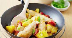 Kip in de wok met ananas en gember