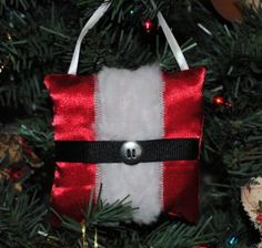 The Santa Belly Pillow Ornament from Love to Sew is a fantastic Christmas ornament craft. Make a handmade ornament that will be perfectly festive this Christmas season.