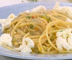 spaghetti fiori di zucca e alici