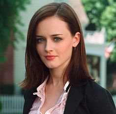 27 Famous People Who Look So Much Like Other Celebs, It's Freaky Alexis Bledel, Khloe Kardashian, Amber Stevens West, Carly Chaikin, Crochet Baby Costumes, Melania Trump, Girlmore Girls, Kylie, Tuck Everlasting