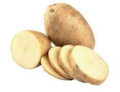 Stačí jeden malý zemiak a môžete sa tešiť na sviežu, žiarivú pleť. Pri pravidelnej aplikácii môže dôjsť aj k zosvetleniu pigmentových fľakov.