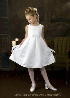 Tayla First Communion Dresses White Communion Dress, Girls Communion Dresses, Première Communion, First Communion Veils, Birthday Dresses, Little Girl Models, Cute Little Girl Dresses, Girls White Dress, Girls Dresses