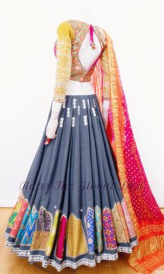 Garba Dress, Navratri Dress, Lehnga Dress, Indian Bridal Fashion, Indian Wedding Outfits, Indian Outfits, Designer Party Wear Dresses, Indian Designer Outfits, Choli Designs