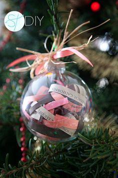 Invitación de bola de Navidad