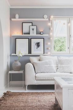 living room shelves beside the window Living Room Shelves, Home Living Room, Living Room Decor, Bedroom Decor, Deco Furniture, Find Furniture, Interior Decorating, Interior Design, Kitchen Layout