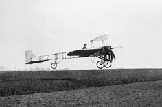 * Louis Bleriot * and his 1º Aircraft.  # Paris. 1909.