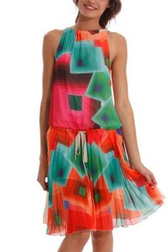Desigual women's Delia gauze dress. The print is the same as that featured on the Margaret dress worn by top model Adriana Lima on the catwalk at the 080 Barcelona Fashion show. Wow!