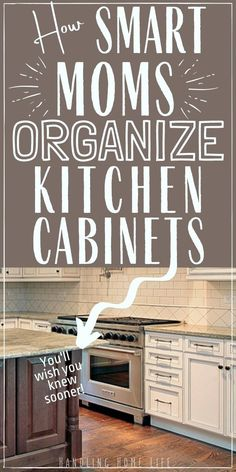 Kitchen Organization Pantry, Kitchen Pantry, Kitchen Items, Kitchen Hacks, Diy Kitchen, Home Organization, Cleaning Kitchen Cabinets, Kitchen Organizers, Updated Kitchen