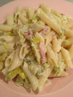 Pasta with leeks and bacon Veggie Soup Recipes, Healthy Crockpot Recipes, Healthy Cooking, Weigh Watchers, Healthy Lunches For Kids, Pasta, My Best Recipe, Vegan Dinners, Diy Food