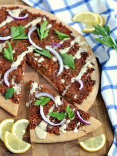 Vegan Turkish Pizza (Lahmacun). Recipe from http://www.coconutandberries.com/2014/06/11/vegan-turkish-pizza-lahmacun/.