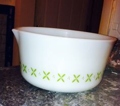 Anchor Hocking fire king Vintage 2.5qt bowl with spout. Avocado green colored petal pattern by TaliGirl77 on Etsy https://www.etsy.com/listing/185697320/anchor-hocking-fire-king-vintage-25qt