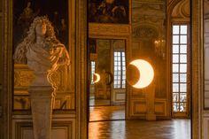 Olafur Eliasson, Deep mirror (yellow), 2016. Installation view, Palace of Versailles, 2016