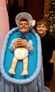 Canyon Chapel Funny Christmas Skit-Small Man Medley ...