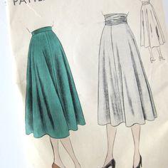 1940s Vintage VOGUE Sewing Pattern  Vogue 6160 by SelvedgeShop