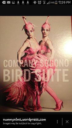 Flamingo feathers and headdress Flamingo Costume, Alice In Wonderland Costume, Pink Flamingos, Headdress, Cosplay, Bird, Movie Posters, Inspiration, Feathers