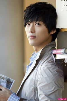 Name: 남궁민 / Nam Goong Min (Nam Gung Min) Also known as: Nam Koong Min Profession: Actor and model Birthdate: 1978-Mar-12