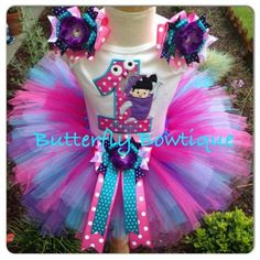 The perfect outfit for your little one's special Monsters Inc Birthday Bash!!!   Bow details on sleeves come attached to alligator clips, for use in the hair on other occasions. Or if you prefer, I ca