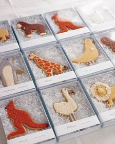 Critter Confections Birthday Dani Fiori of Sweet Dani B baked and decorated the menagerie of animal sugar cookies, sticking to the color scheme and cleverly replicating the charm of the Steiff animals. The cookies served as party favors. Galletas Cookies, Cute Cookies, Sugar Cookies, First Birthday Parties, First Birthdays, Zoo Birthday, Birthday Ideas, Cookie Party Favors, Petit Cake