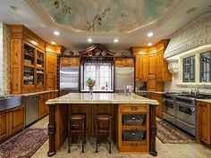 Kitchen -   Stonehaven Manor in Alpharetta