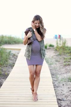 When to Buy Maternity Clothes? Alicia Keys In Exciting Maternity Clothes! Maternity Swimwear With Sripes! >>> Look into this terrific item. Cute Maternity Outfits, Fall Maternity, Stylish Maternity, Pregnancy Outfits, Maternity Dresses, Maternity Fashion, Pregnancy Fashion, Maternity Swimwear, Maternity Styles
